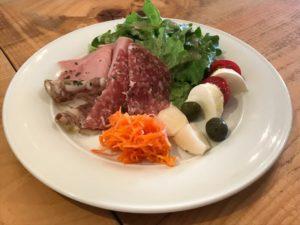 『VINOTECA(ヴィノテカ)』 前菜の盛り合わせ