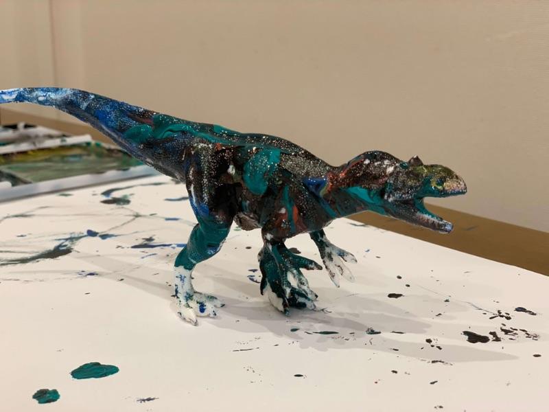 恐竜ペイント